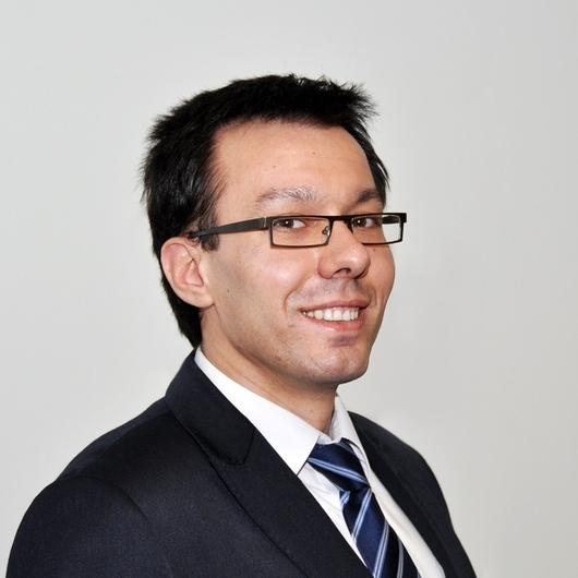 Dr Ernest Bolek